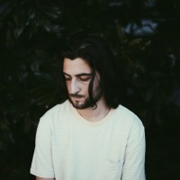 Noah Kahan<br><small>Die neue Stimme des US-Folk</small><br><small><small>Support: Blurry Future</small></small>